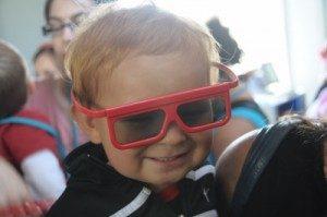 HipBaby_3DGlasses-400x266-300x199